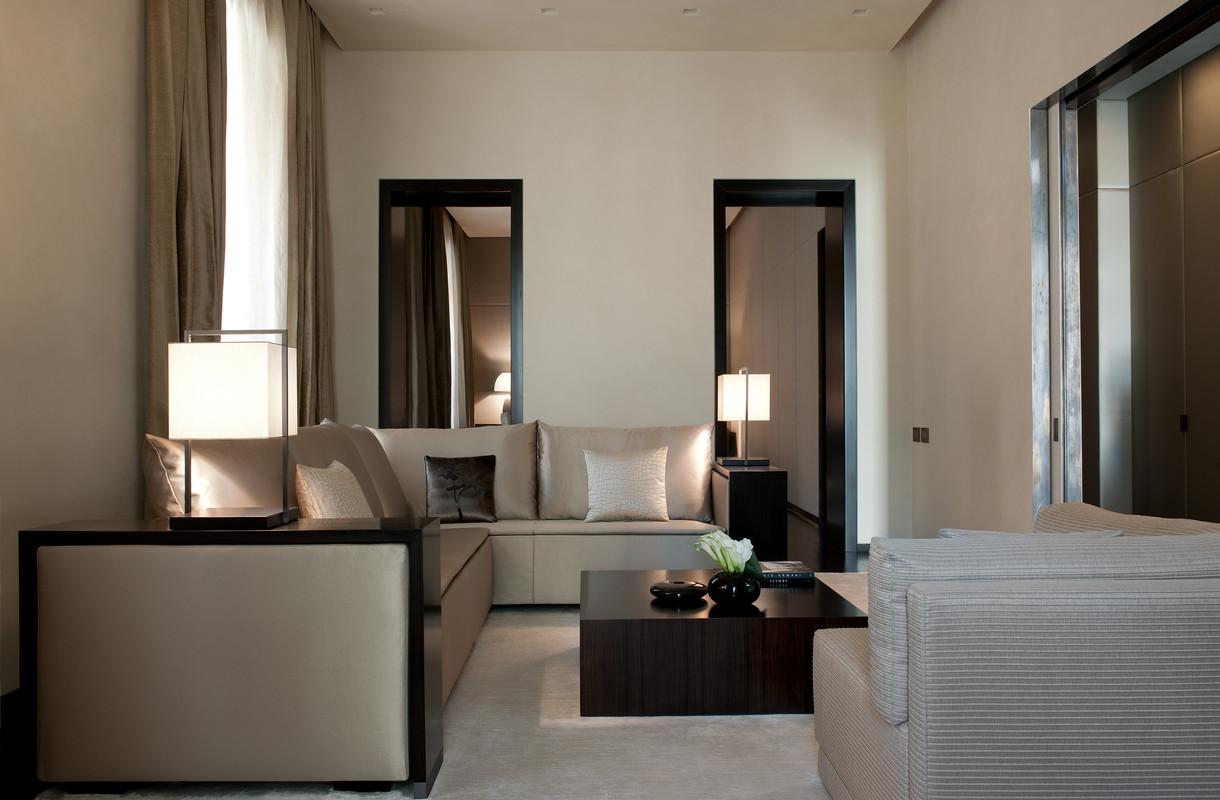 Private Apartment At Cavour 220 Complex Design Duemila